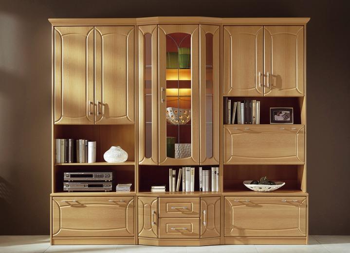 Klassische wohnwand mit front in buchedekor klassische for Wohnwand ohne fernsehteil
