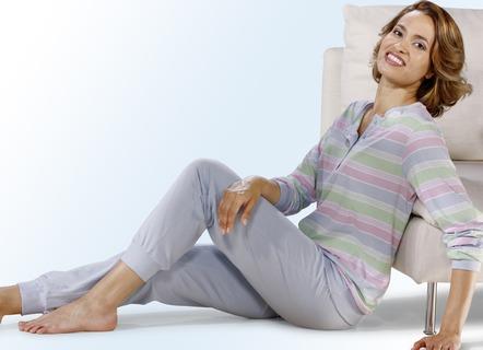 pyjama langarm mit knopfleiste und b ndchen nachtw sche. Black Bedroom Furniture Sets. Home Design Ideas