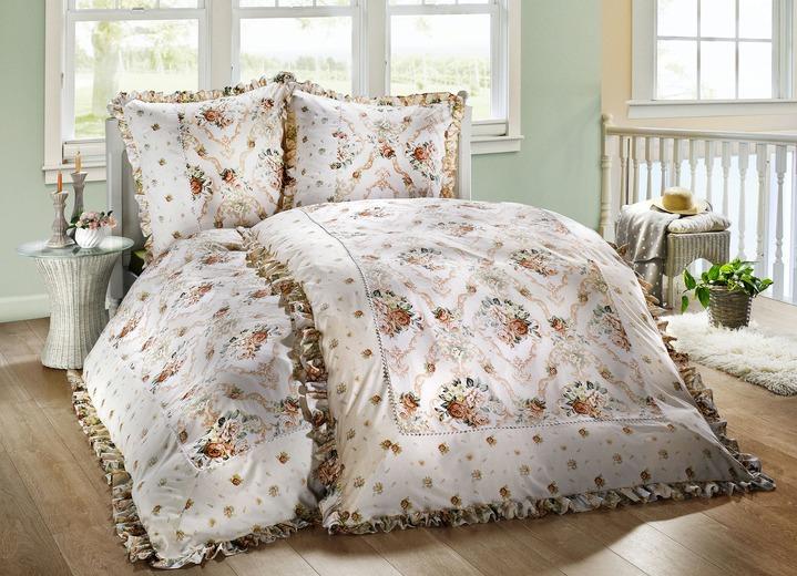 bettw sche garnitur mit bl ten dessin bettw sche bader. Black Bedroom Furniture Sets. Home Design Ideas