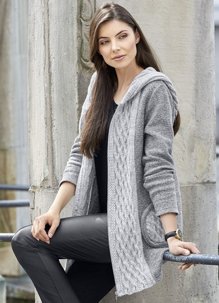 Kapuzen-Strickjacke in Garnmix